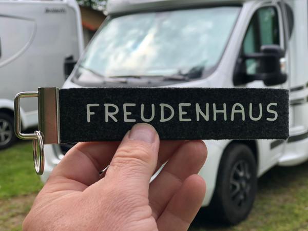 Camping Schlüsselanhänger - Freudenhaus - Schwarz